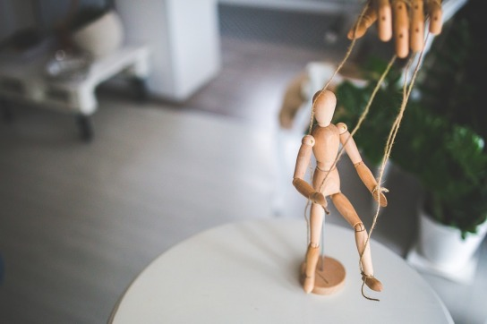 wooden-mannequin